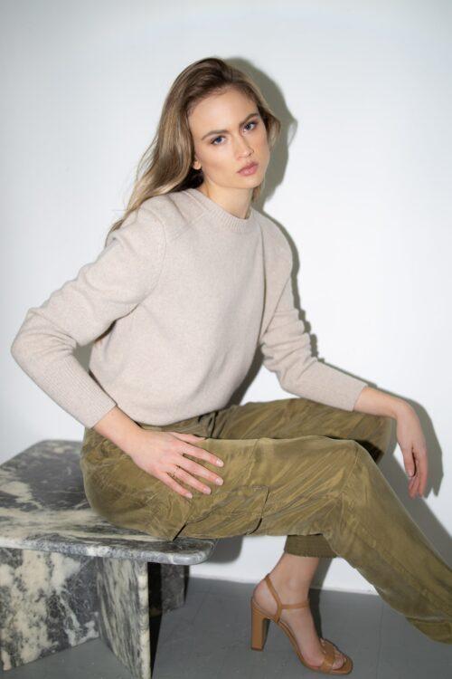 trui-cashmere-dames-beige-groene-worker-janice